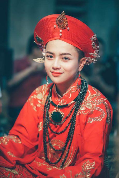 Khoanh khac cau dong Thanh Hoa giong con gai den ngo ngang - Anh 1