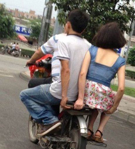 'Can loi' voi hinh anh kho do cua gioi tre Viet va the gioi - Anh 4