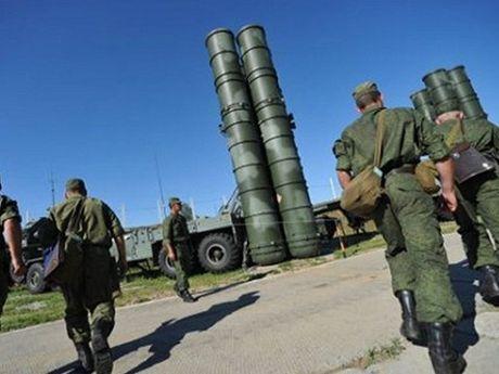 Vi sao Nga quyet dinh trien khai S-300 tai Syria? - Anh 1