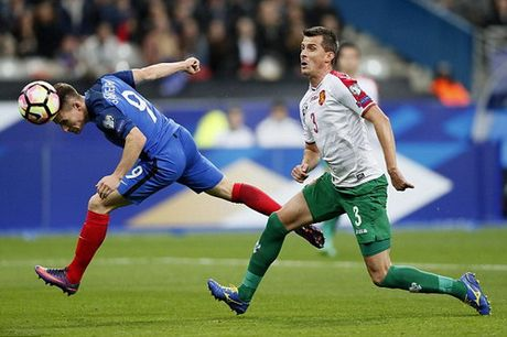 """""""Nguoi hung"""" Gameiro toa sang, Phap dai thang Bulgaria - Anh 2"""