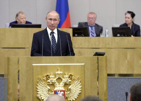 Tong thong Putin nhan mon qua dac biet trong ngay sinh nhat - Anh 1