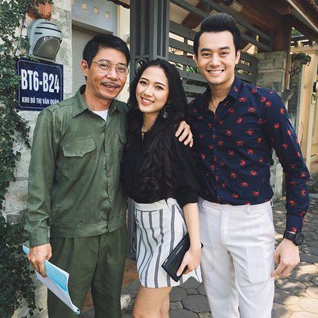 Sao Viet 8/10: Huyen Baby nhu tuong sap, Ngoc Trinh dang nuot hon ma no canh - Anh 3