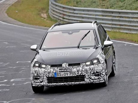 Lo anh chay thu Volkswagen Golf R Wagon 2017 Facelift - Anh 1