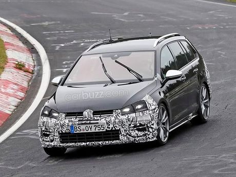 Lo anh chay thu Volkswagen Golf R Wagon 2017 Facelift - Anh 2