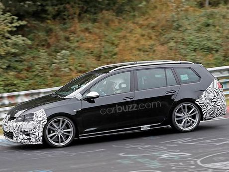 Lo anh chay thu Volkswagen Golf R Wagon 2017 Facelift - Anh 5