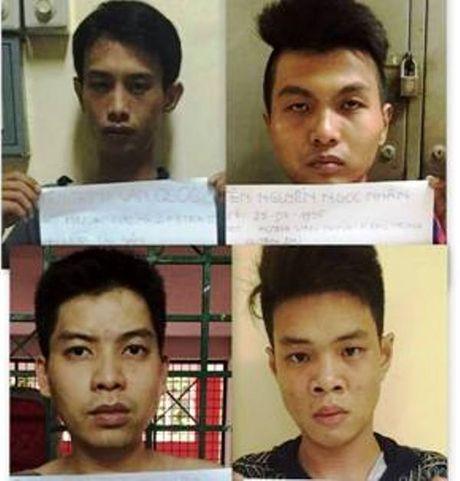 Hot tron o bang cuop chuyen nham vao phu nu o TPHCM - Anh 1
