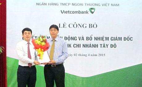 Bat giam doc doanh nghiep lua dao Ngan hang VCB Tay Do - Anh 1