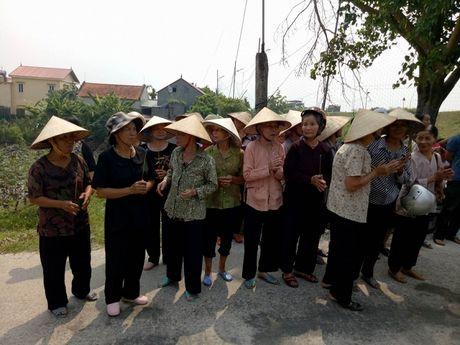 Buc Tuong Phat Ba Quan The Am da duoc tim thay o ve duong - Anh 3