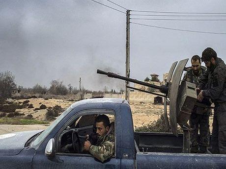 Syria khoi phuc an ninh cho tuyen duong chinh den san bay quoc te o Aleppo - Anh 1