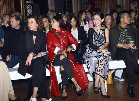 Nhung khoanh khac VIP cua Tram Nguyen tai Paris Fashion Week - Anh 10