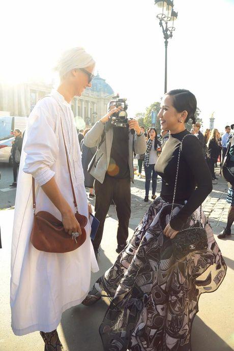 Nhung khoanh khac VIP cua Tram Nguyen tai Paris Fashion Week - Anh 2