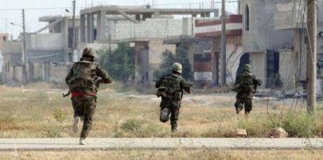 Quan doi Syria tan cong vao thi tran then chot vung Tay Ghouta - Anh 1