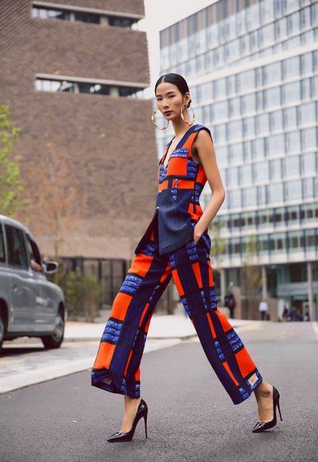 Hoang Thuy khoe street style ruc ro o London - Anh 2