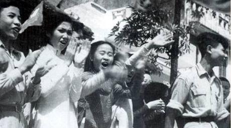 62 nam Giai phong Thu do: Nhung hinh anh khong the nao quen - Anh 15