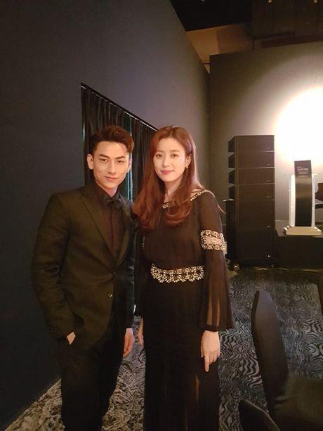 'Thai tu' Isaac bat ngo nhan giai tai Lien hoan phim lon nhat chau A - Anh 3
