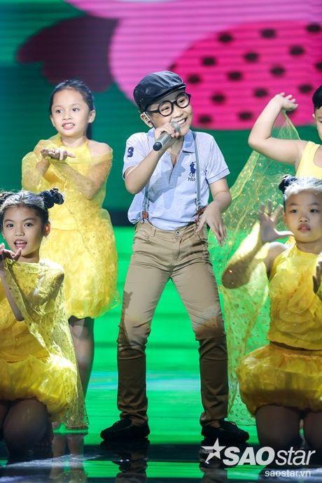 Dong Nhi tu tay may do cho hoc tro, Khanh Ngoc - Thuy Binh lot xac bat ngo - Anh 24