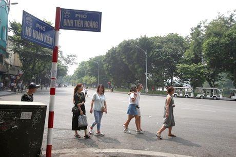 Chua mo rong pho di bo - Anh 1