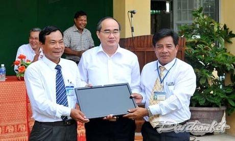 : Hoat dong cua Chu tich Nguyen Thien Nhan tai Ninh Thuan - Anh 8