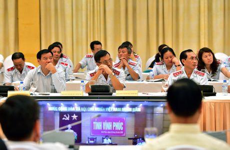 Thu tuong Nguyen Xuan Phuc: 'Noi phai, cu cai cung nghe' - Anh 2
