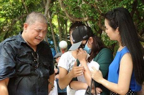 Showbiz nong chuyen 'nguoi cu' cua Le Cong Tuan Anh duoc minh oan - Anh 1
