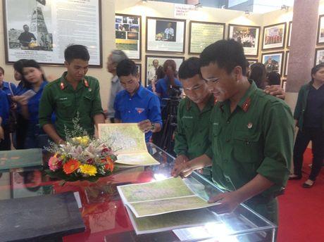 Kon Tum to chuc trien lam Hoang Sa va Truong Sa la cua Viet Nam - Anh 3