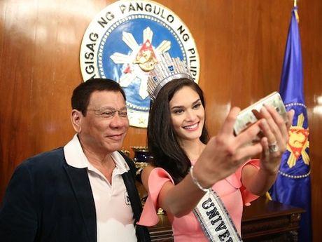 Hoa hau Hoan vu 2016 huy khong to chuc o Philippines vi phat ngon soc cua ong Duterte? - Anh 1