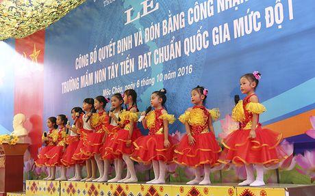 Mot buoi le dac biet o ngoi truong mam non mang ten Tay Tien - Anh 10