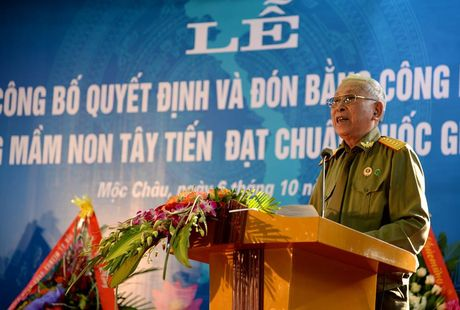Mot buoi le dac biet o ngoi truong mam non mang ten Tay Tien - Anh 14
