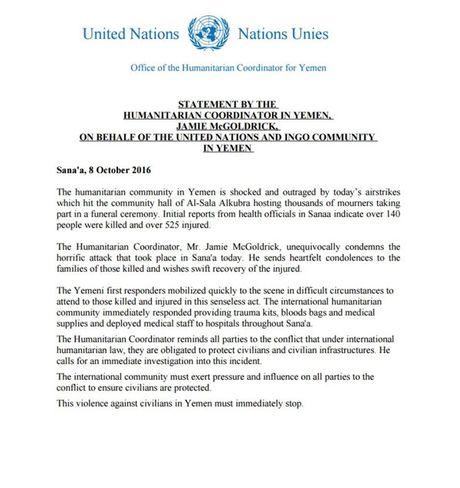 140 nguoi chet, 525 nguoi bi thuong trong cuoc khong kich vao nha tang le o Yemen - Anh 1