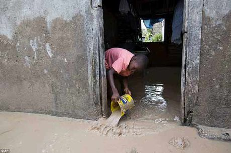 Canh hoang tan va chet choc o Haiti sau con bao lich su Matthew - Anh 18