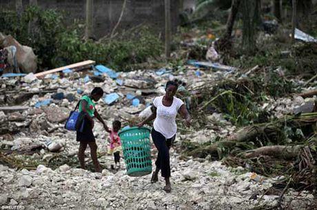 Canh hoang tan va chet choc o Haiti sau con bao lich su Matthew - Anh 5