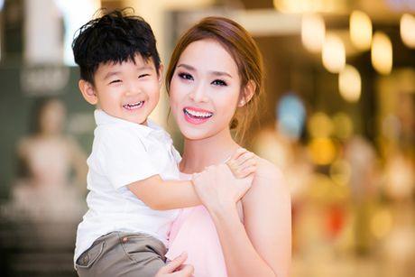 Dien vien Diep Bao Ngoc: Mim cuoi voi dang cay - Anh 2