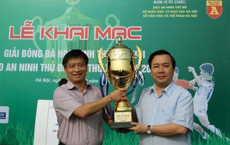 Tung bung khai mac giai bong da hoc sinh THPT Ha Noi - Bao ANTD 2016 - Anh 1