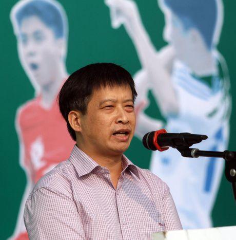 Tung bung khai mac giai bong da hoc sinh THPT Ha Noi - Bao ANTD 2016 - Anh 3