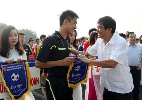 Tung bung khai mac giai bong da hoc sinh THPT Ha Noi - Bao ANTD 2016 - Anh 6