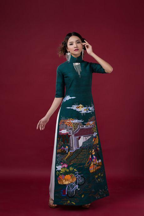 Nguoi dep To Nhu giup NTK Lan Huong giu 'Cong lang' - Anh 6