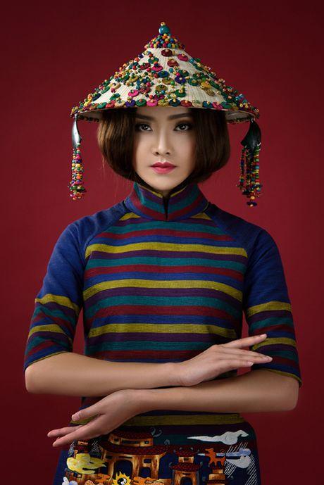 Nguoi dep To Nhu giup NTK Lan Huong giu 'Cong lang' - Anh 7