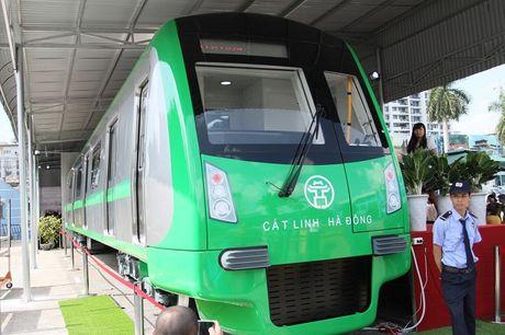 Can canh tuyen duong sat tren cao dau tien cua Ha Noi - Anh 9