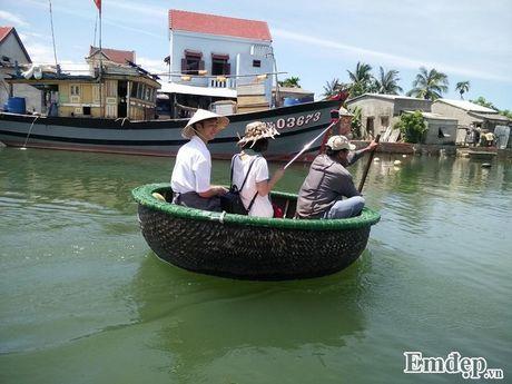 Ngao du rung dua Bay Mau giua long Hoi An - Anh 4
