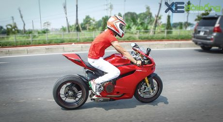Dan xe Ducati do ruc duong pho Ha Noi mung sinh nhat D.O.C - Anh 4
