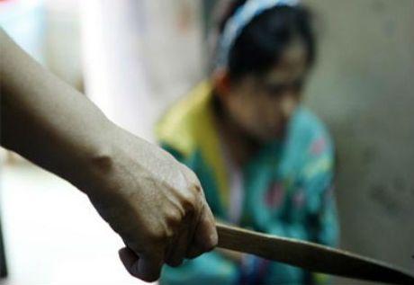 Giet vo sap cuoi dang mang thai vi nghi bi phan boi - Anh 1