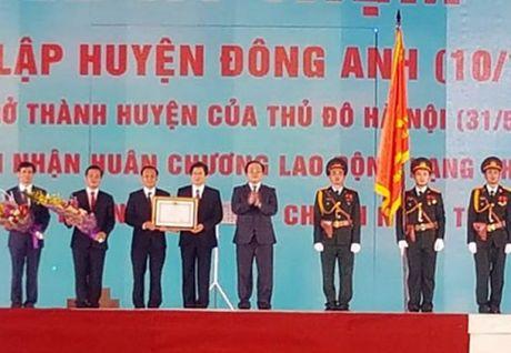 Huyen Dong Anh don nhan Huan chuong lao dong hang Nhi - Anh 1