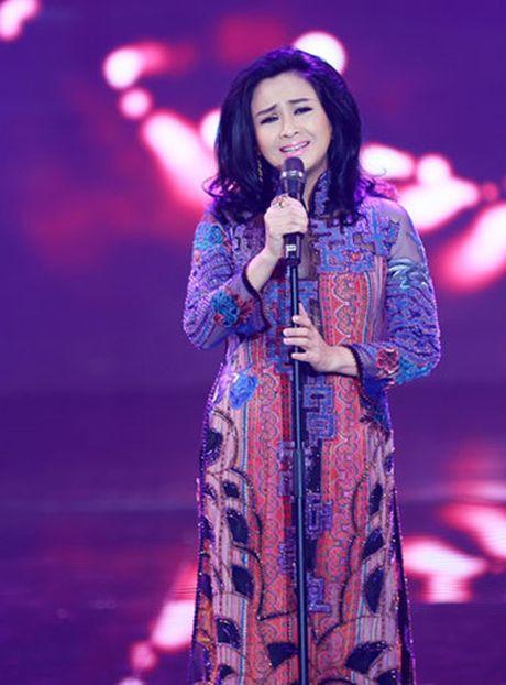Thanh Lam va chuyen muon ao dai cua me di dien khi moi 15 tuoi - Anh 1