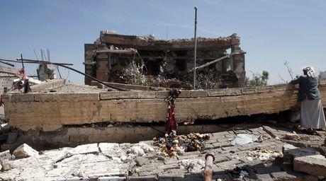 My cung cap vu khi trong vu khong kich chet 155 dan thuong Yemen? - Anh 1