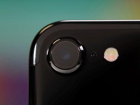 Camera iPhone 7 duoc khen tot ngang may anh ky thuat so - Anh 1