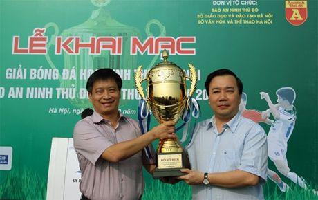 Khai mac giai bong da hoc sinh THPT Ha Noi - Anh 2