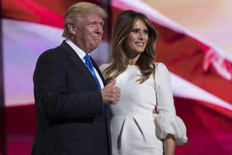 Vo ong Donald Trump binh luan ve nhung phat ngon kho nghe cua chong - Anh 1