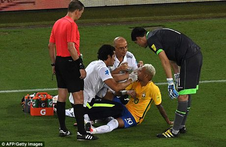 Neymar vua 'an don' vua bi chi trich la venh vao, khinh khinh - Anh 2