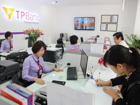 Website cua Ngan hang Tien Phong bi 'te liet,' nghi bi hack? - Anh 1