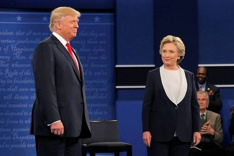 Trump thu nhan tron thue hon 900 trieu USD, khong biet gi ve Nga - Anh 1